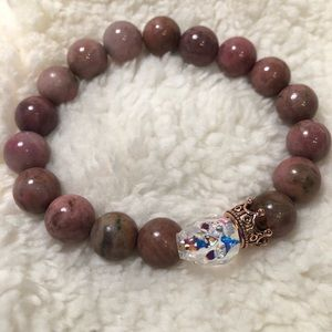 Natural pink rhodonite and skull beaded bracelet